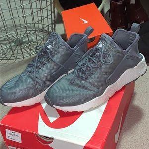 Women's Nike Huraches